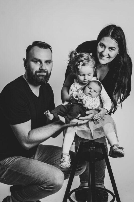 Zdjęcia z noworodkiem Katowice | Fotografia rodzinna
